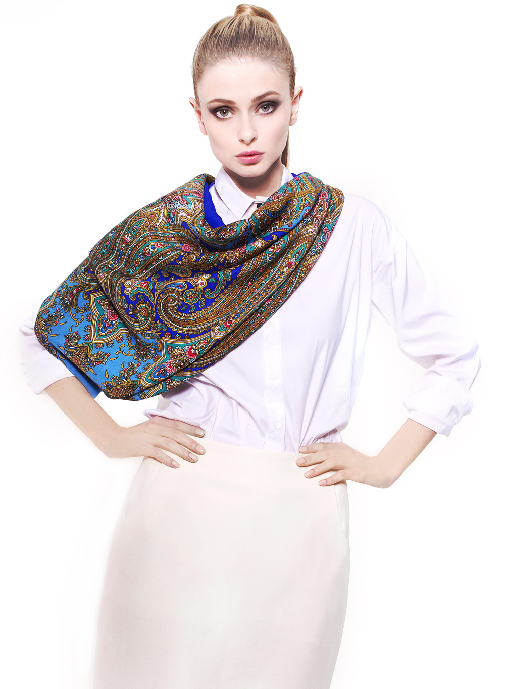 luxuriöse-tücher-luxustuch-luxusschal-luxury-shawl-scarf-blue-wolle-bohemian-floral